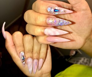 fake nails, fashion, and nails image