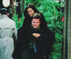 chandler bing, couple, and courtney cox image