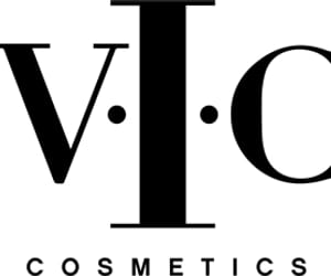 bloggers, cosmetics, and makeup image