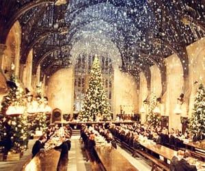 harry potter, hogwarts, and christmas image
