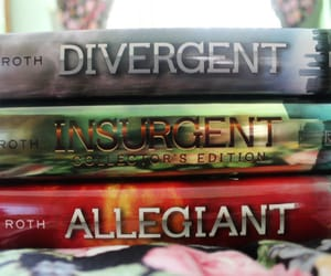 veronica roth and divergent trilogy image