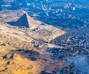 egypt and giza pyramids image