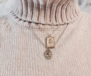 necklace, style, and chic image
