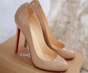 fashion, stiletto, and heels image