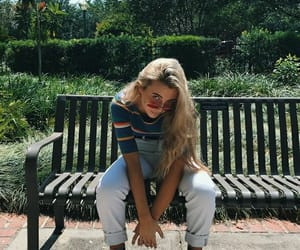 emma chamberlain, fashion, and icon image