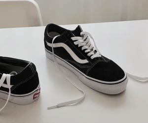 aesthetic, black, and vans image
