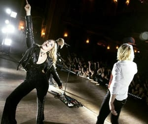 brothers, stage, and riker lynch image