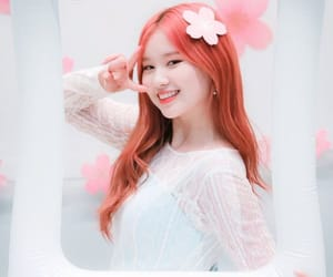 kpop, 엘리, and elly image