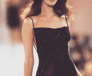 90's, Claudia Schiffer, and runway image