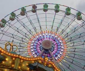 carousel, cielo, and lights image