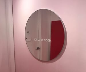 aesthetic, mirror, and pink image