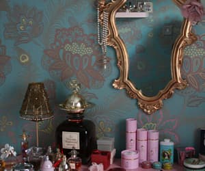 mirror, vintage, and pink image