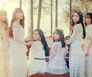 aesthetic, gif, and kim yewon image