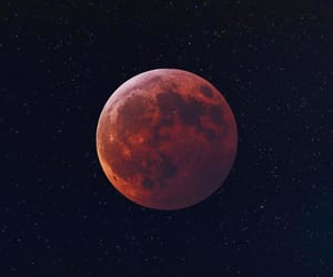 moon and eclipse image