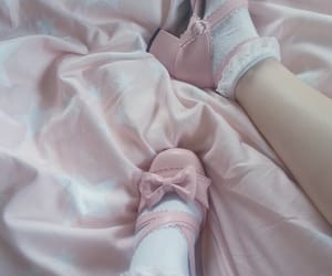 aesthetic, little, and pink image