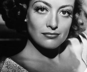actress, b&w, and joan crawford image