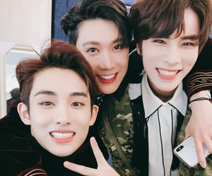 ten, winwin, and wayv image
