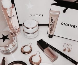 aesthetic, accessories, and gucci image