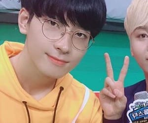 kpop, carat, and jeon wonwoo image