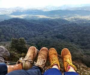 aventura, parejas, and botas image