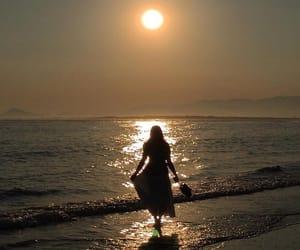 sea and girl image