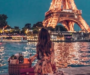date, discovery, and eiffel image