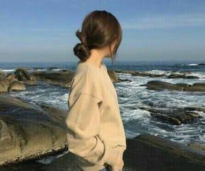 girl, aesthetic, and sea image