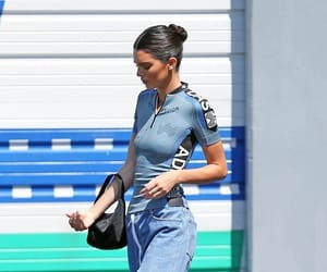 kendall jenner, belleza, and moda image