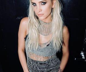 ashlee simpson, singer, and blonde hair image