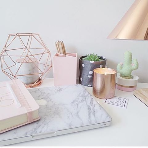 Rose Gold Themed Room 111 Best Rose Gold Marble Images On Pinterest Bedroom Ideas Interior Decoration Accessories Jpg 480 480 Pixeles Uploaded By Martina Bennet