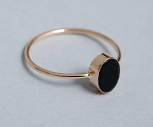 black and ring image
