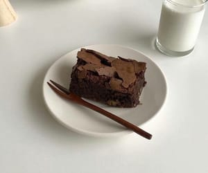 brownie, cafe, and cake image