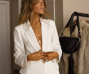 classy, fashion, and elegant image