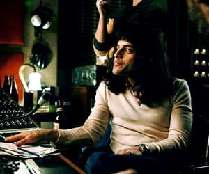 Freddie Mercury, borhap, and gif image