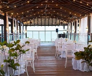 wedding planner and wedding planning services image