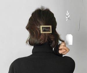 hair, hair accessories, and hair clips image