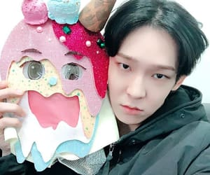 k-pop, nam taehyun, and south club image