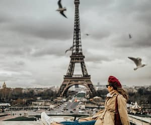 girls and paris image