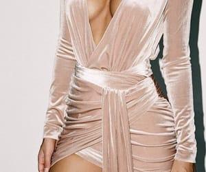dress, fashionista, and pink image