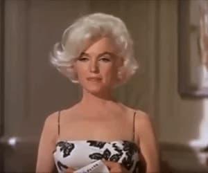 gif, vintage, and Marilyn Monroe image