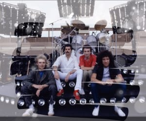 background, Freddie, and Freddie Mercury image