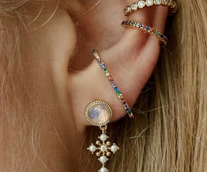 beauty, earrings, and inspiration image