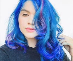blue, cabelo azul, and blue hair image