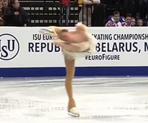gif, alina zagitova, and skating image