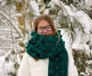 bubble wrap, scarf, and winter scarf image