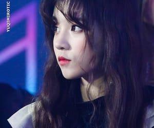 jeon soyeon, g-idle, and song yuqi image