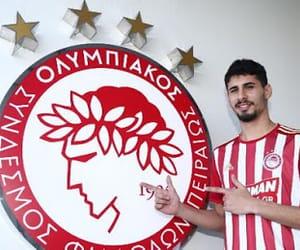 olympiacos and gil dias image