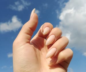 nails and nude nails image