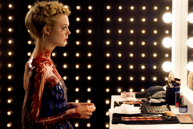 Elle Fanning, the neon demon, and film image
