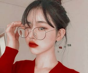 ulzzang, korean, and red image